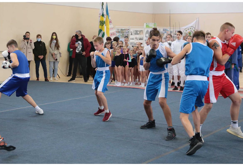 ЄС та ЄІБ посприяли ремонту спортивної школи на Луганщині