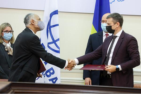 Україна, Світовий банк та Фонд чистих технологій домовилися про співпрацю щодо встановлення гібридних систем із генерації електроенергії