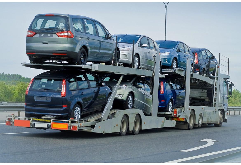Українці отримають можливість розмитнювати автівки за допомогою «Дії»