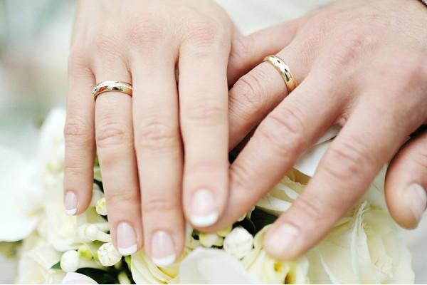 В Україні подати заяву для укладення шлюбу тепер можна за допомогою «Дії»