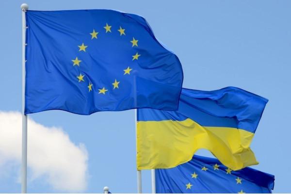 Українці здебільшого підтримують вступ України до ЄС